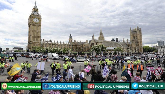 UK plan to raise minimum wage after next month