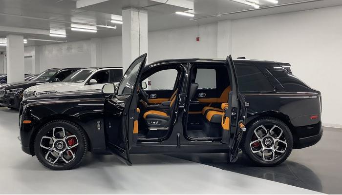 Rolls-Royce 2020 Cullinan Black Badge review