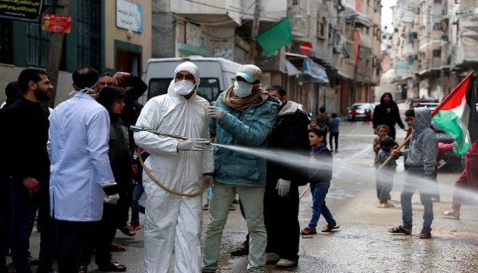 Israel reached agreement with Pfizer,Palestinians left waiting