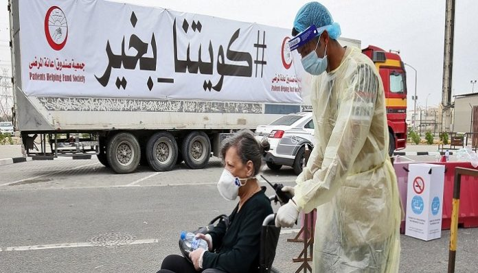 Covid vaccine available to all expats in Kuwait