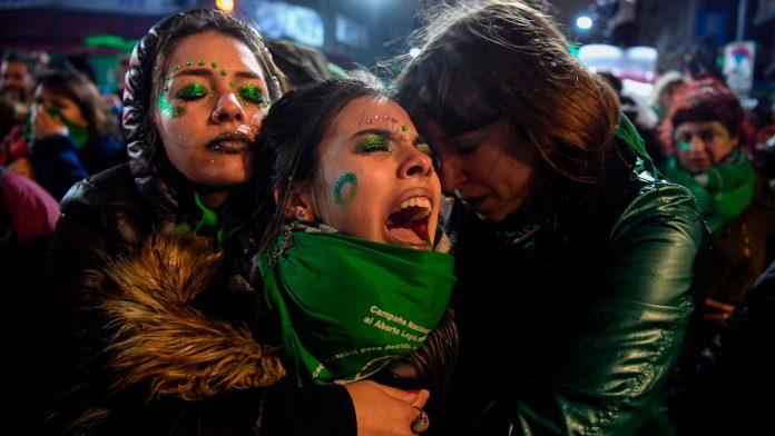 Argentina's senate to vote on legalizing abortion