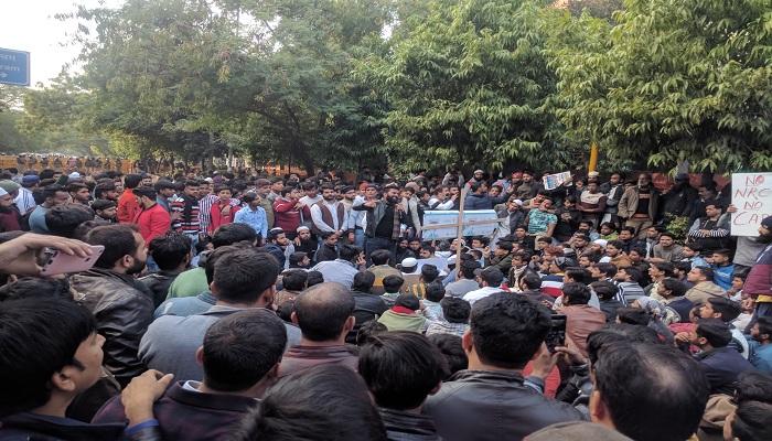 Sources says twitter blocks dozens of accounts on Modi govt demand