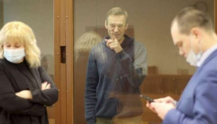 Painful personal sanctions can free Navalny, ally says