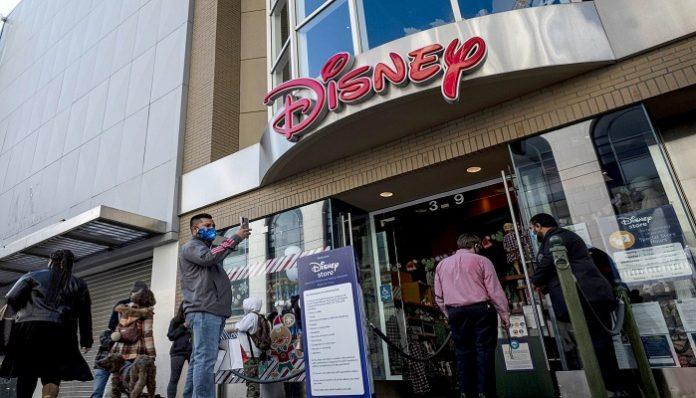 Walt Disney to close 20 percent of shops