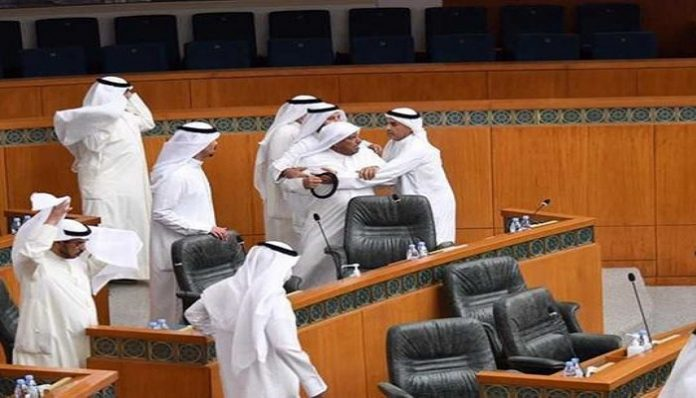 Kuwait parliament witnesses noisy clash as lawmakers provoke each other