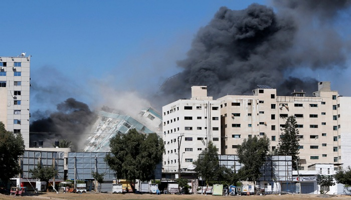 Israel air strikes kill 33 Palestinians while UN security council meeting underway